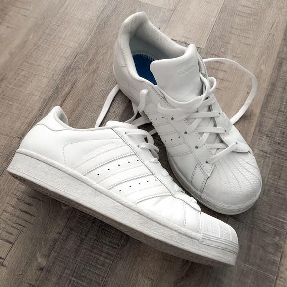 adidas white superstar